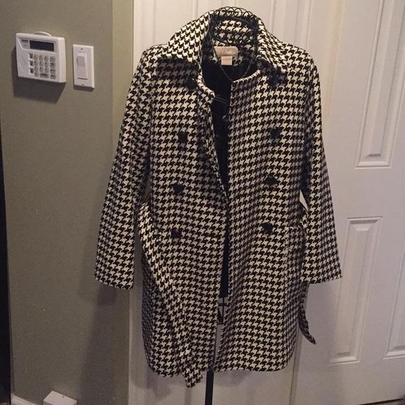 f55e6030820cd1 Michael Kors women's Houndstooth coat. M_5aa7c768f9e5013f630f0a79